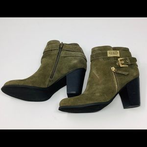 Guess Gather Booties Olive Green Size 8M